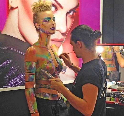 Sephora Shoperöffnung in München Bodypainting