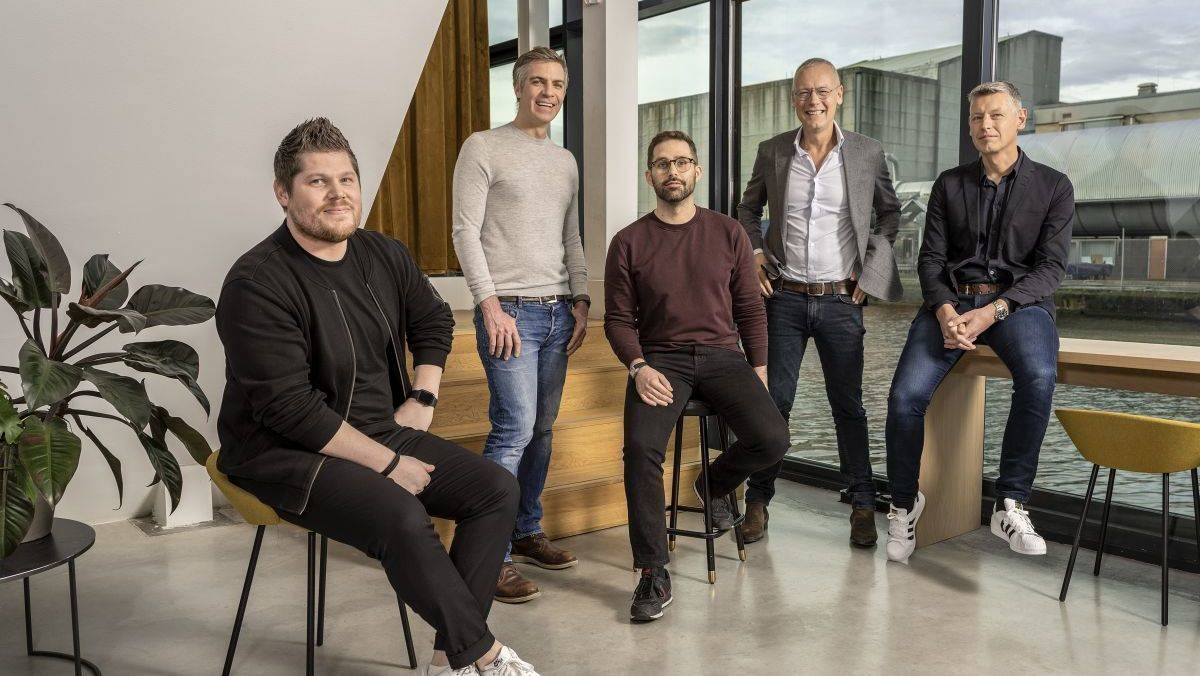 Sie sind Carlyls (von links): Dimi Albers (CEO), Daniel Rupp (CFO), Frank Schmid (COO), Paul Manuel (Co-Founder), Bart Manuel (Co-Founder)