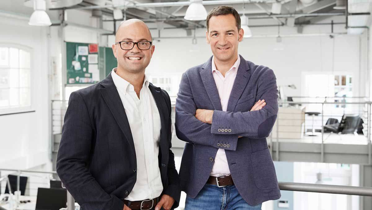 Tony Williams (links) und Martin Albrecht sollen die Düsseldorfer Agentur Crossmedia aufs internationale Parkett führen.