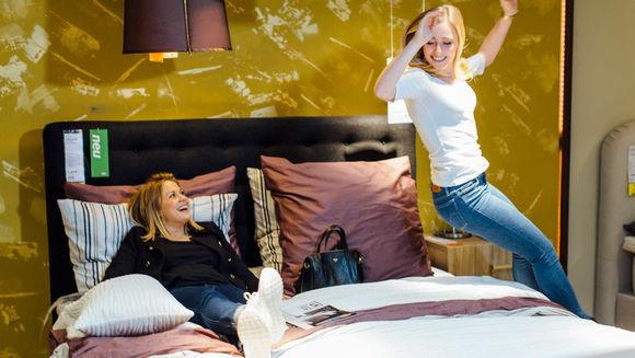 das sind die gr ten m bel onlineh ndler deutschlands w v. Black Bedroom Furniture Sets. Home Design Ideas