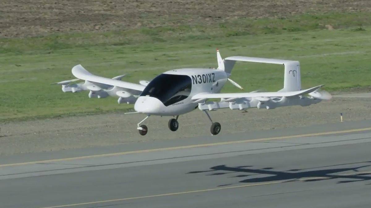 Google-Mitgründer Larry Page zeigt seine Lufttaxis