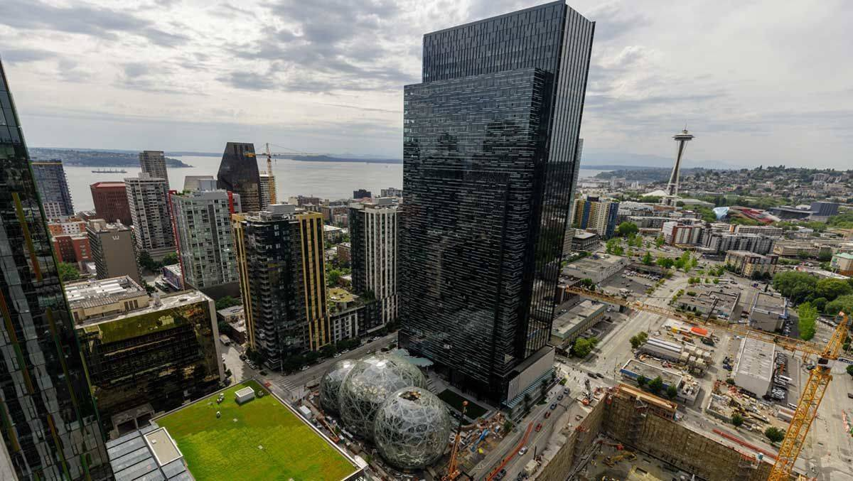 Bisher hat Amazon ein Hauptquartier in Seattle.