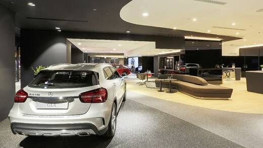 Mercedes-Showroom