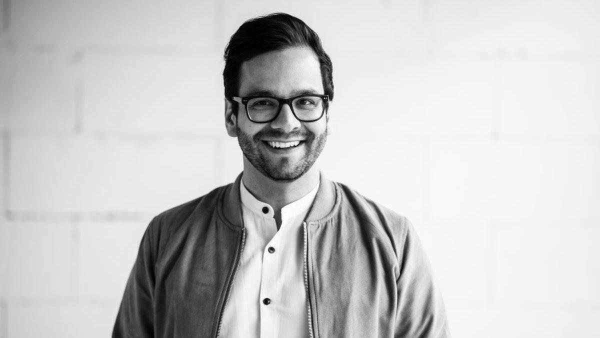 Malik Riaz Hai Naveed ist Gründer und Geschäftsführer der Hai-Class Agency in Hamburg.