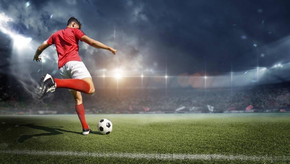 13 Fußball-Bundesligisten droht die Insolvenz | W&V