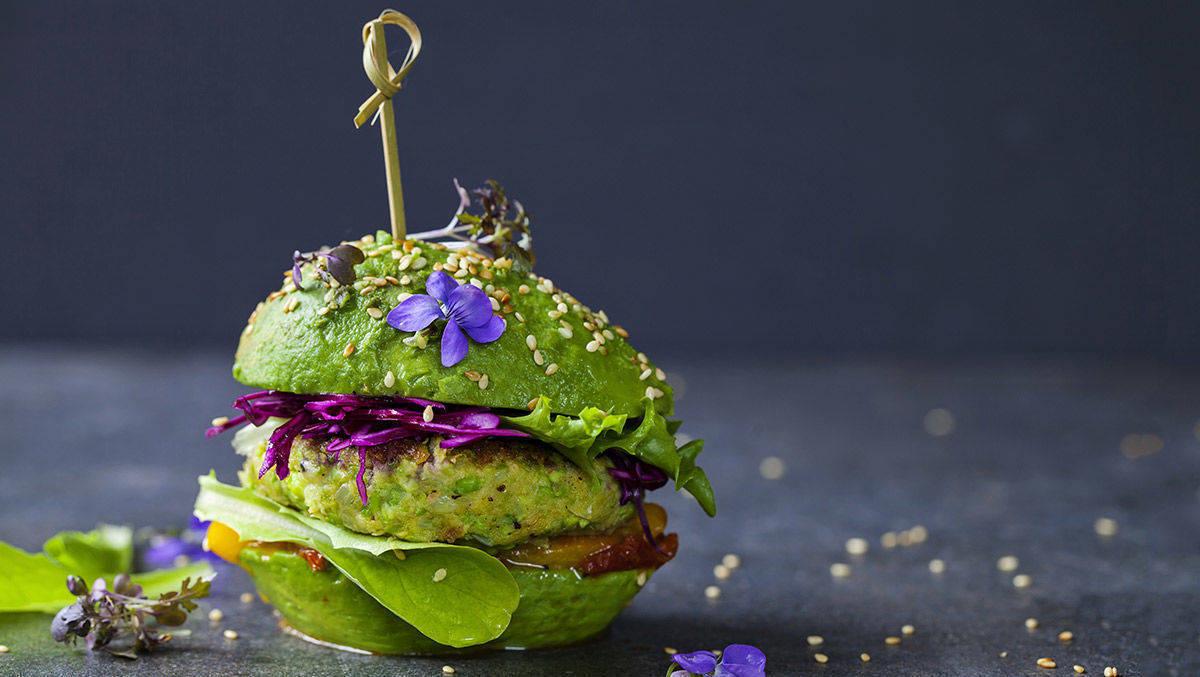 Fleischalternativen wie vegane Burgerpatties aus Erbsenprotein sind im Trend- auf den jetzt auch Iglo aufspringt