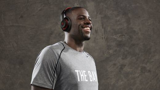NBA-Profi Draymond Green mit Beats.