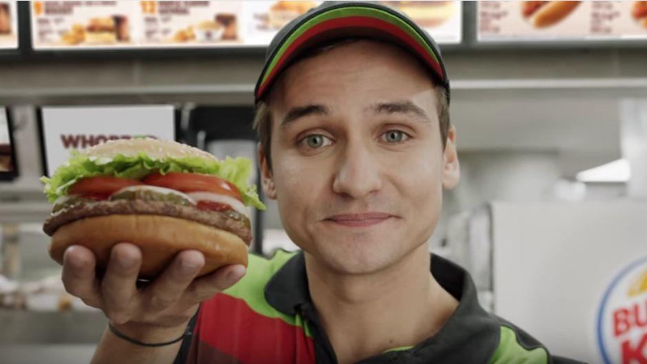 burger king kapert google lautsprecher f r werbeaktion w v. Black Bedroom Furniture Sets. Home Design Ideas