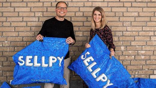 Michael Arnör, CEO von Sellpy, und  Alexandra Drissner, Country Head Germany bei Sellpy.  Michael Arnör, CEO von Sellpy, und  Alexandra Drissner, Country Head Germany bei Sellpy.