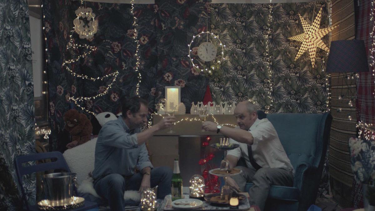 Ikea Macht Weihnachten Sogar Im Lift Gemutlich W V
