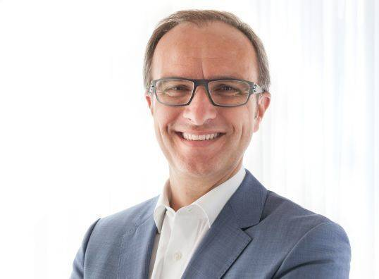 Natanael Sijanta ist Director Global Marketing Communications von Mercedes-Benz Cars.