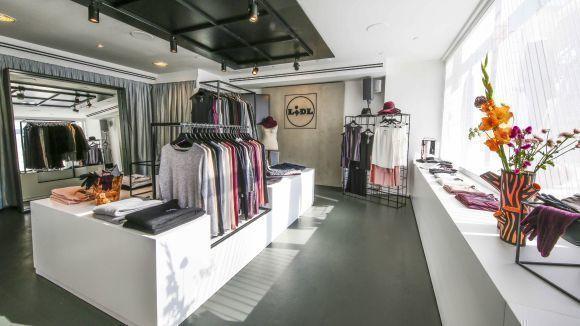 neuer wall lidl macht pop up store in hamburg auf w v. Black Bedroom Furniture Sets. Home Design Ideas