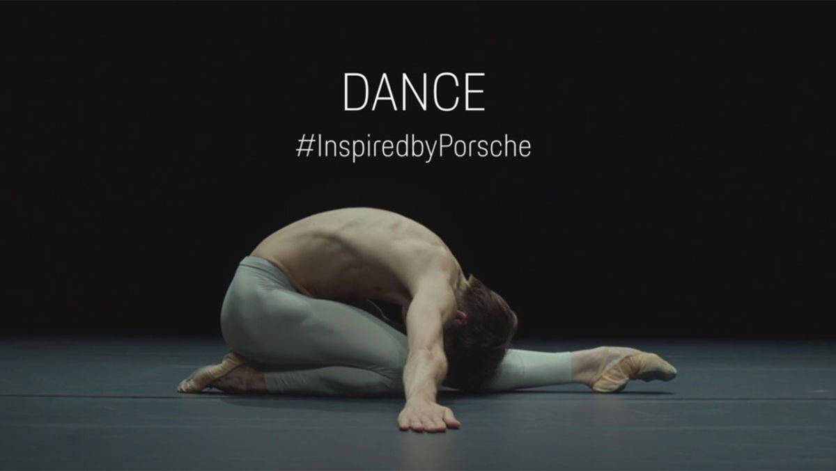 "Friedemann Vogel ist Balletttänzer und interpretiert das Motiv ""Inspired by Porsche""."