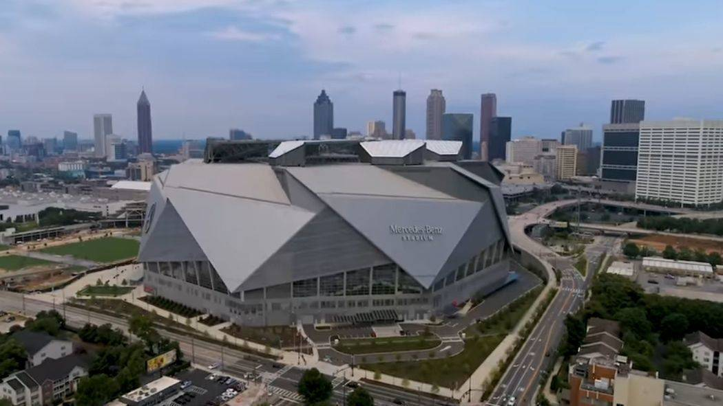 Das 2017 fertiggestellte Mercedes-Benz Stadium in Atlanta/Georgia ist Austragungsort des Super Bowl LIII.