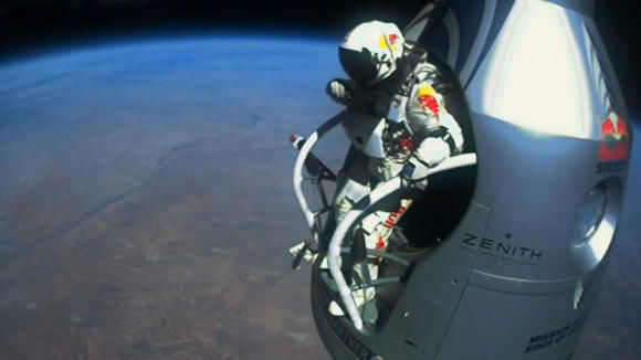"""Once in a lifetime moment"": Felix Baumgartner kurz vor dem Sprung."