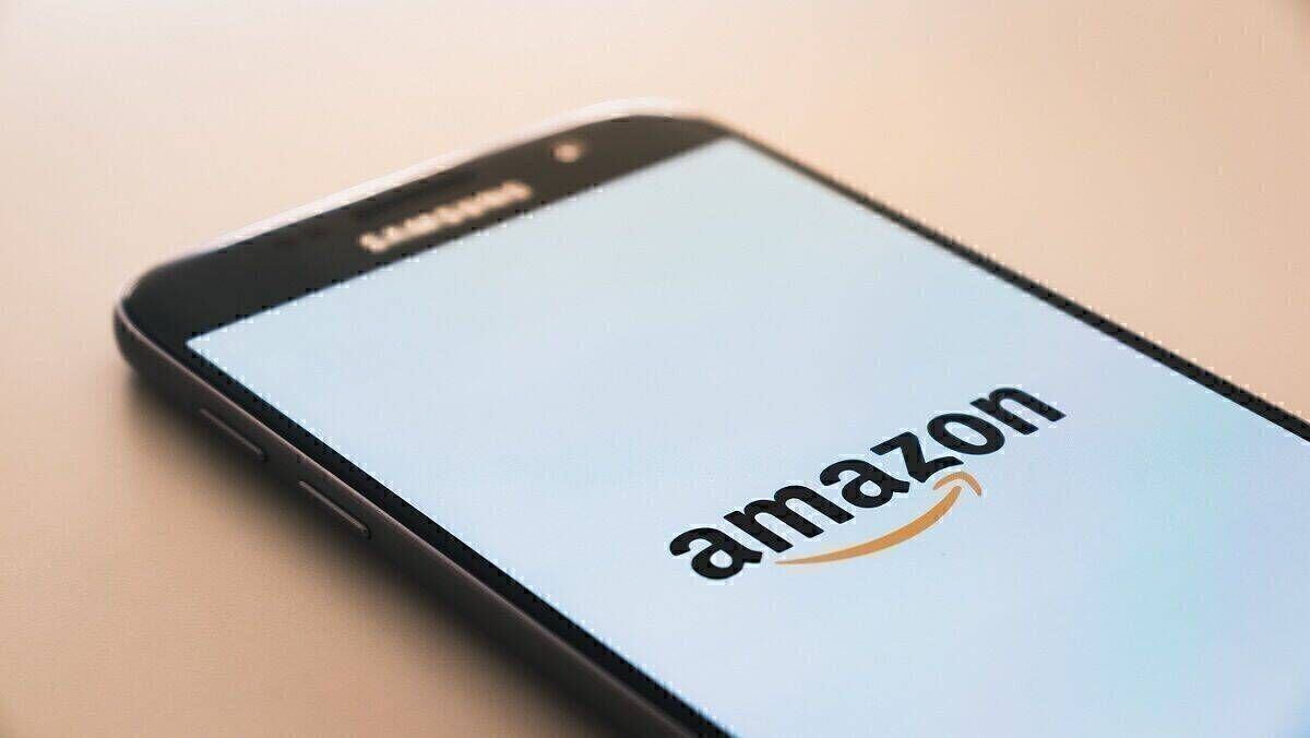 Amazon zu 746 Millionen Euro Strafe verdonnert | W&V