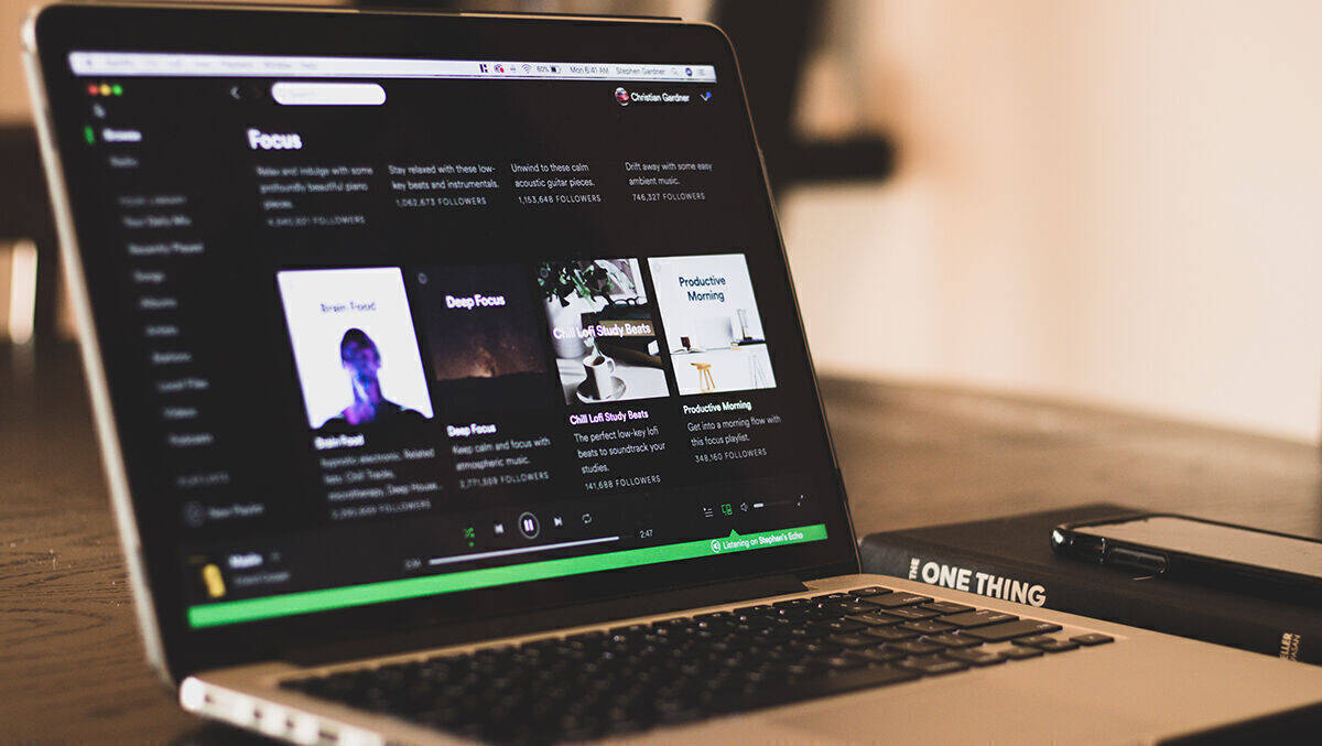 Spotify macht Podcasts interaktiver   Special   Dmexco2020